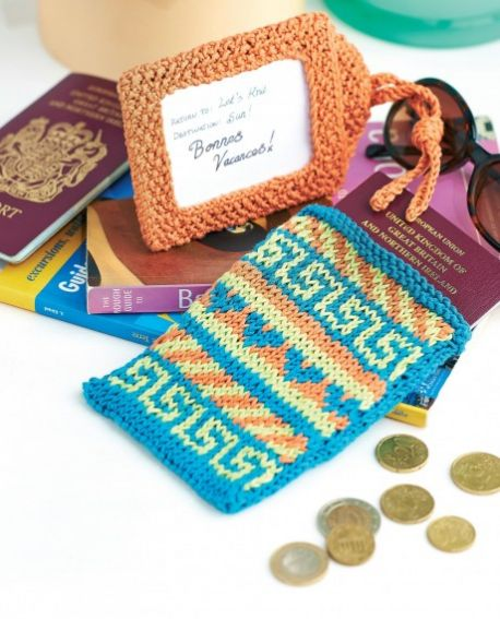 Travel Knitter