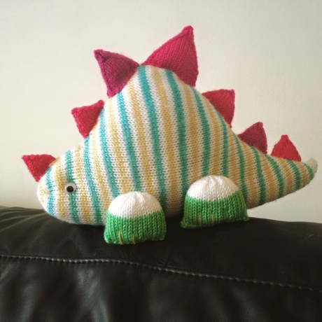Clarence the Dinosaur from LGC Knitting & Crochet issue 62