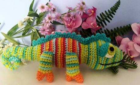 Karma the Chameleon from LGC Knitting & Crochet issue 71