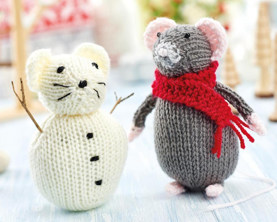 Christmas Mouse and Snow Mouse | Free Knitting Patterns | Let's Knit Magazine