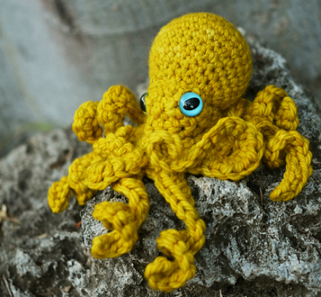 ruby submarine octopus crochet amigurumi