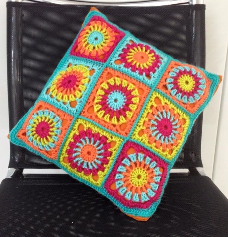 Fiesta cushion from LGC Knitting & Crochet issue 71