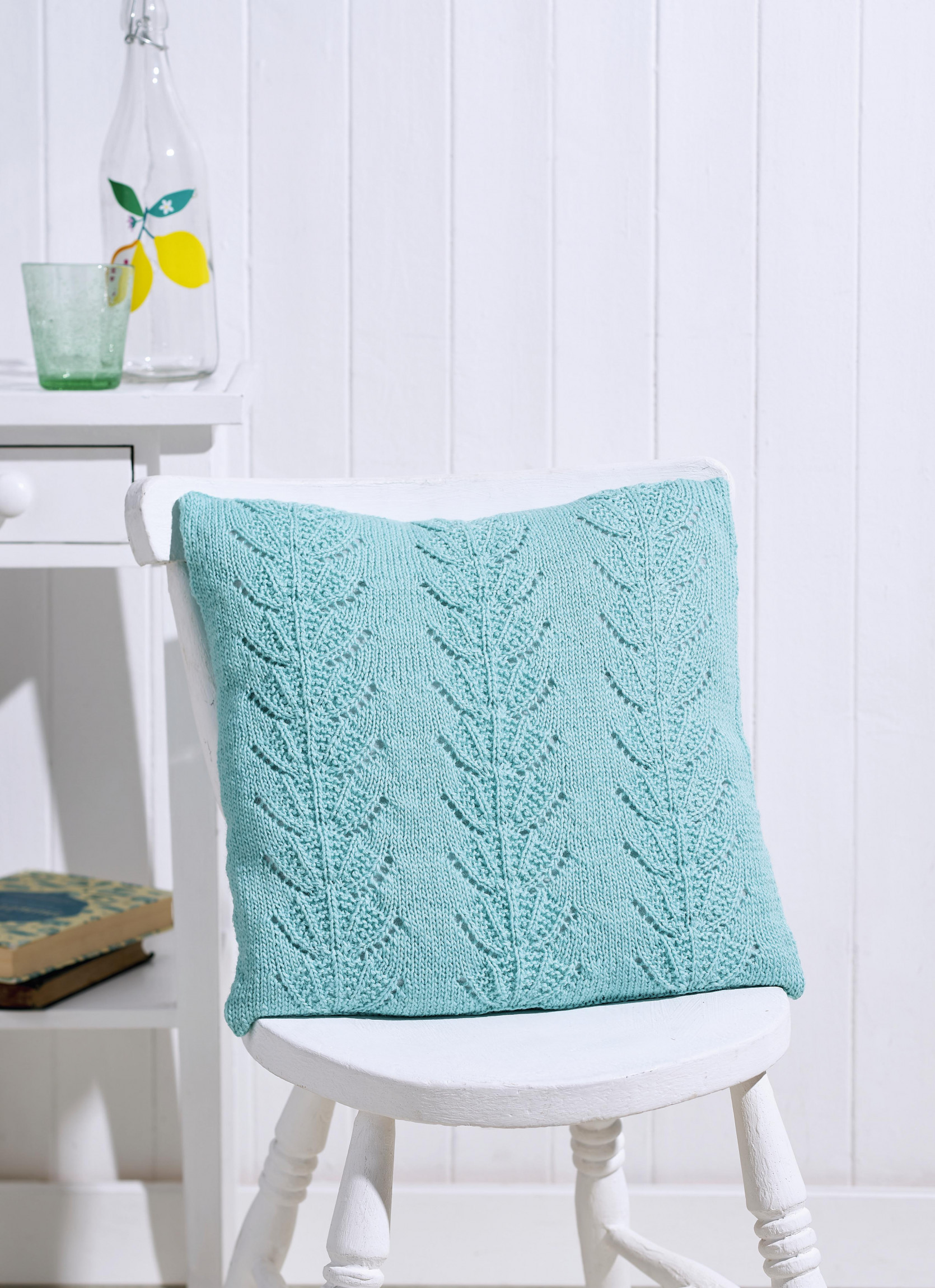 Beginner's Lace Cushion | Knitting Patterns | Let's Knit ...