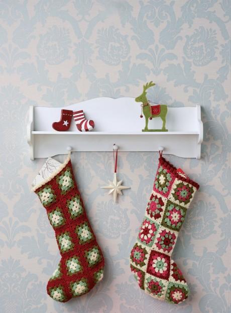 Crochet Christmas Stockings   Free Knitting Patterns   Let ...