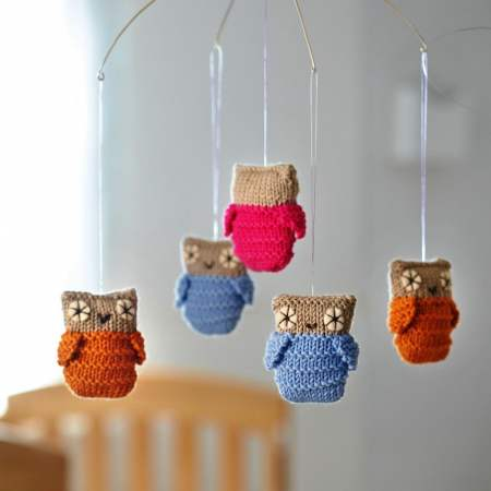 Baby's Owl Mobile Knitting Pattern