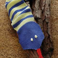 Child's Snake Scarf Knitting Pattern
