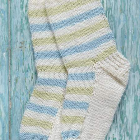 Child's Stripey Socks Knitting Pattern