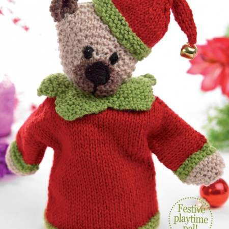 Classic Christmas Bear Knitting Pattern