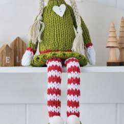 Evie the Elf Knitting Pattern