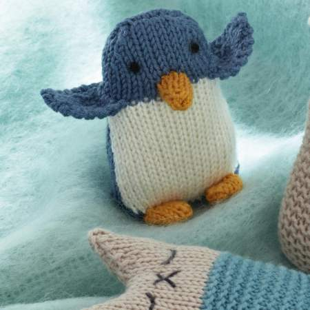 Friendly Penguin Toy Knitting Pattern