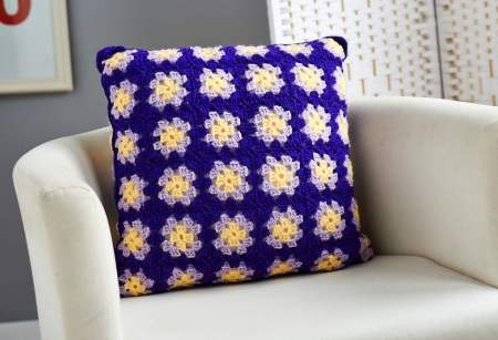 Easy crochet granny square cushion Knitting Pattern