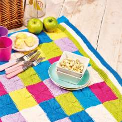 How to Knit An Intarsia Picnic Blanket Knitting Pattern