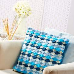 Fan-stitch cushion Knitting Pattern