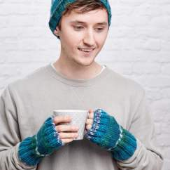 Men's Hat and Fingerless Mittens Knitting Pattern