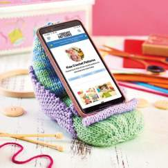 Mobile Phone Chair Knitting Pattern