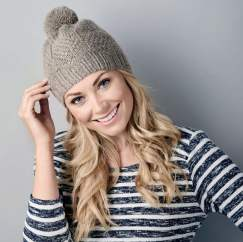 Easy knit & purl bobble hat Knitting Pattern