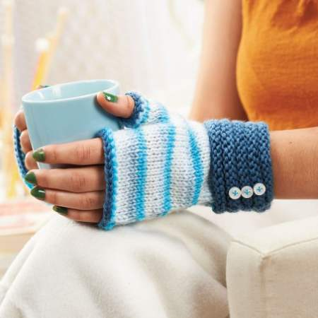 LK World Cup - Quarter Final: Stripy wristwarmers Knitting Pattern