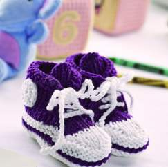Baby high top bootees Knitting Pattern