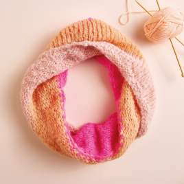 Emmaknitty Exclusive: Cosy Cowl Knitting Pattern
