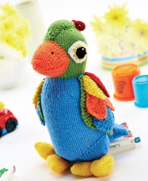 Get Val Pierce's exclusive toy and backpack patterns in September's issue of Let's Knit: out now!