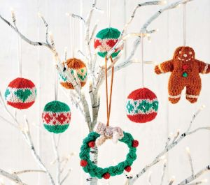 23 Quick Christmas Characters & Decorations