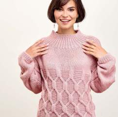 Cable Keyhole Back Jumper