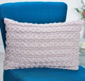 Chunky Cable Cushion