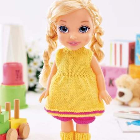Easy Dolls' Clothes Knitting Pattern
