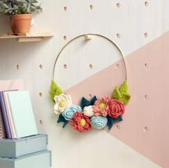 Lily Sugar'n Cream In Bloom Knit Wreath