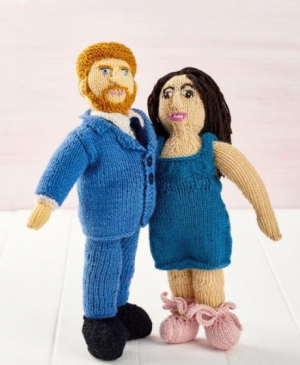 Knit Prince Harry and Meghan!