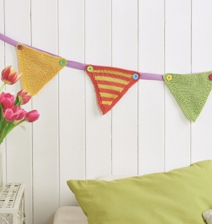 Stripy knitted bunting