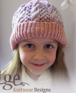 Lace and cable kid's hat