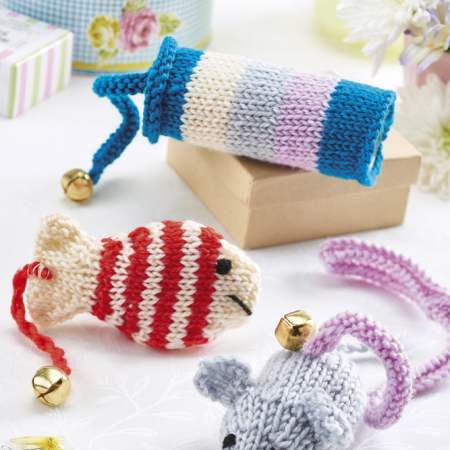 Cat Toys Knitting Pattern