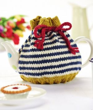 Beginner's Stripy Teacosy