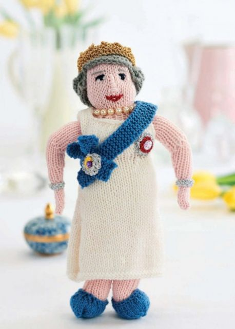 Knit Her Majesty To Celebrate The Queen's Birthday