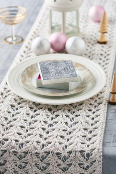 Sparkly Festive Table Runner