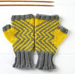 Zigzag Fingerless Mittens Knitting Pattern