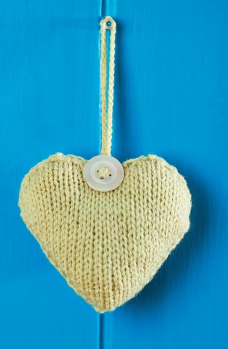 Hanging Hearts for the Home